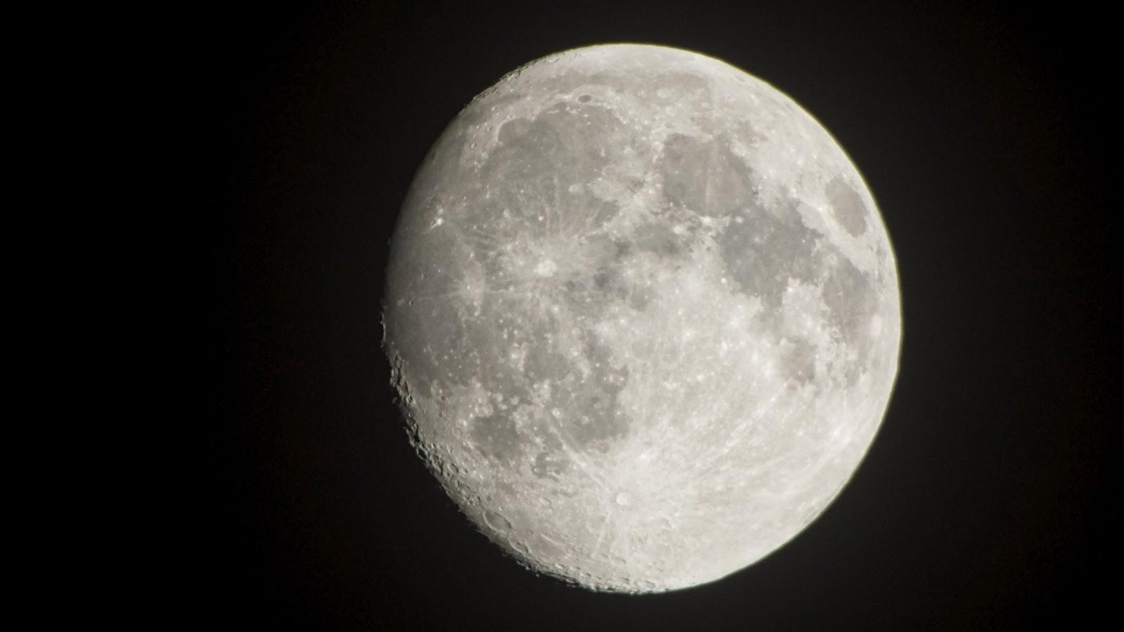 G Moon 2.jpeg