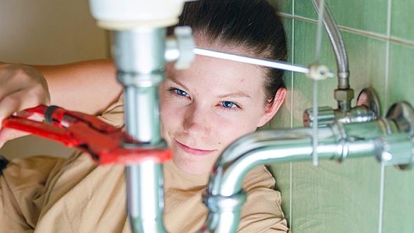 femaleplumber2.jpeg