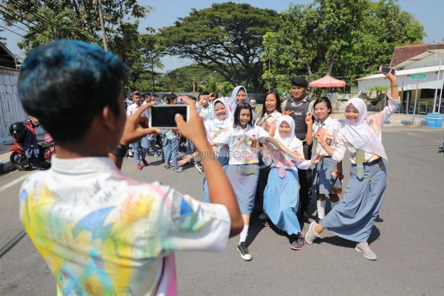 Tradisi Kelulusan Sekolah dari Pelbagai Negara