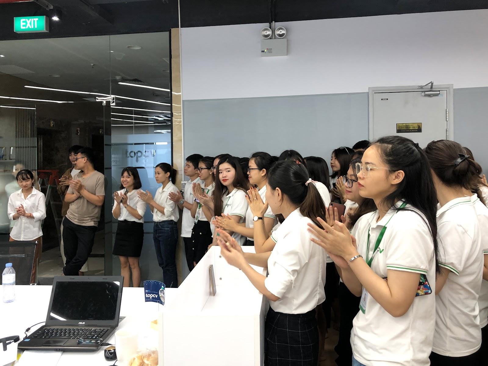 TopCV khai trương văn phòng mới tại Hà Nội