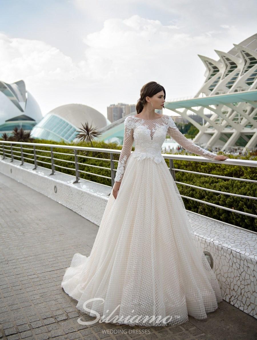 Весільна сукня А-силуету оптом
