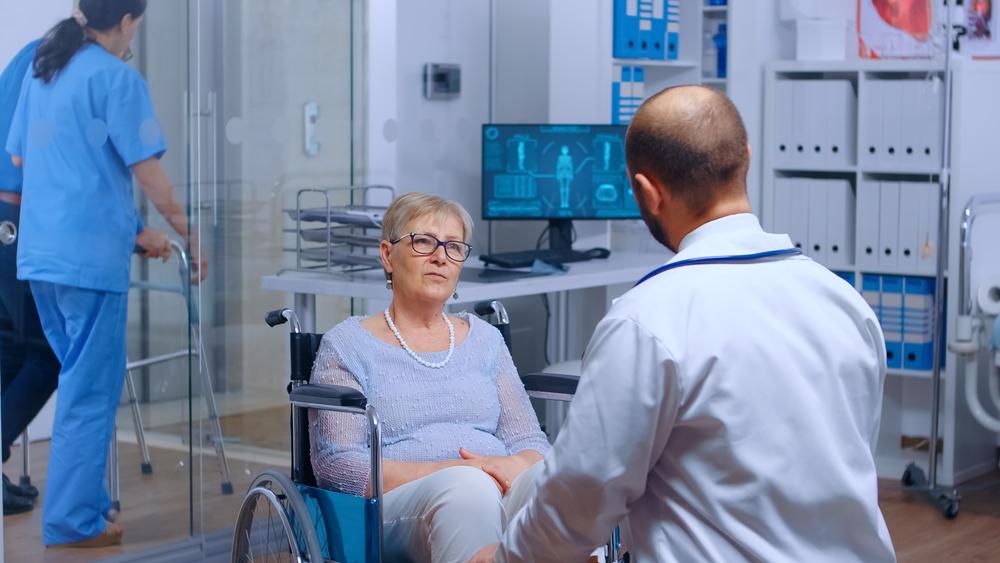 Ministério da Saúde possui cartilha sobre direitos de pessoas com deficiência física no Sistema Único de Saúde (SUS). (Fonte: Shutterstock)