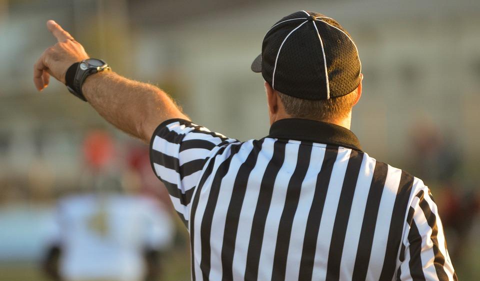 referee-1149014_960_720.jpg