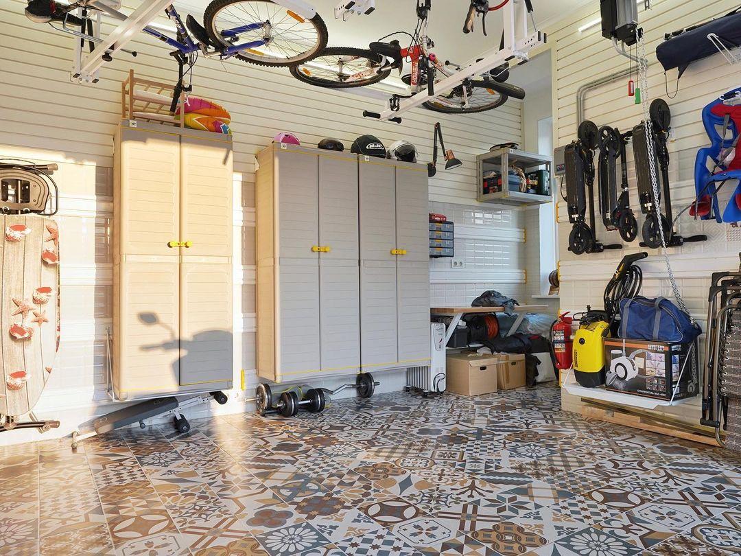 гараж в стиле
