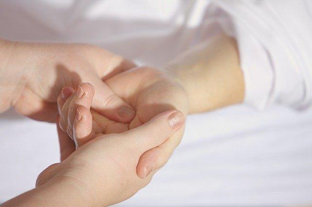 fingers and palms Massage