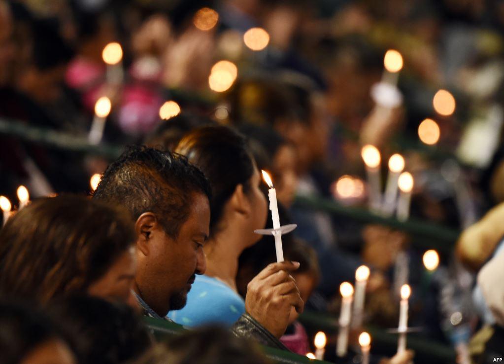 В начале декабря 2015 года в калифорнийском городе Сан-Бернардино мужчина и женщина, вооруженные автоматическими винтовками и пистолетами, открыли стрельбу в центре для людей с ограниченными возможностями. Всего они убили 14 человек, 21 были ранены. Нападающие погибли в перестрелке. ФБР квалифицировало атаку как теракт