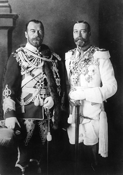 Tsar Nicholas and King George, both with identical beards and similar (albeit differently-colored) uniforms.