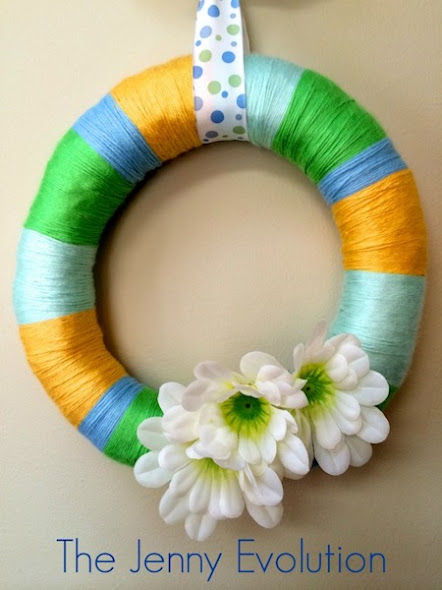 Frugal and Easy Spring Wreath by The Jenny Evolution
