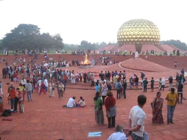 Auroville_Matrimandir.jpg