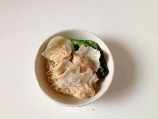 粤式王牌鲜虾云吞面的做法步骤:18
