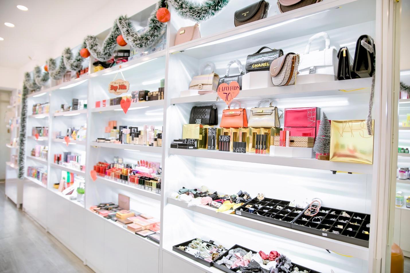 Trần Phi Yến Store – Shop thời trang, mỹ phẩm quen thuộc của phái đẹp Đồng Nai - Ảnh 1