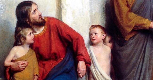 thiên chúa yêu con người bất toàn