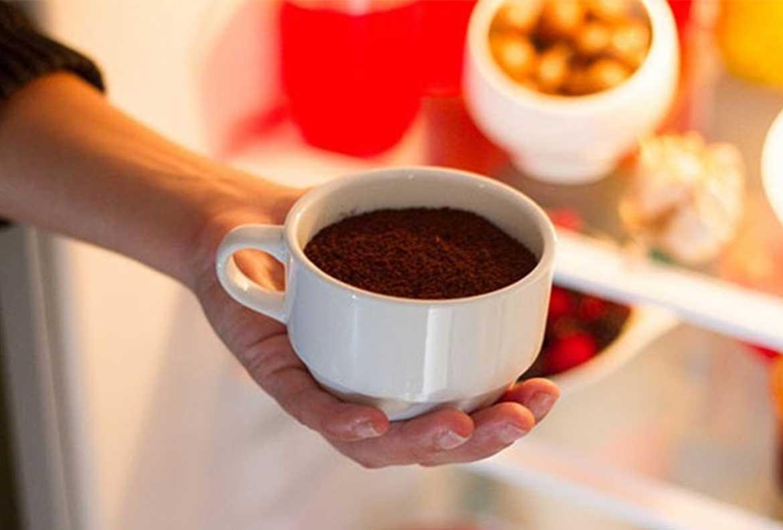 Dùng bã cà phê làm chất khử mùi tự nhiên