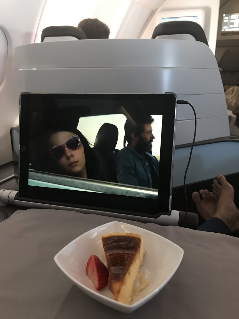 Hawaiian airlines in-flight dessert business class