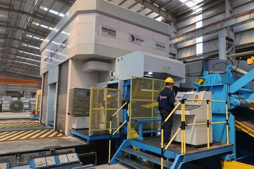 Dây chuyền sản xuất hiện đại tại Mỹ Việt