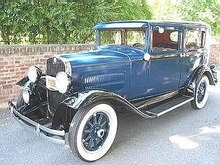 1930_Essex_Challenger_Super_Six_4dr_Sedan-0a.jpg