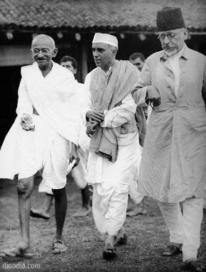 Image result for maulana kalam azad addressing meeting in jama masjid