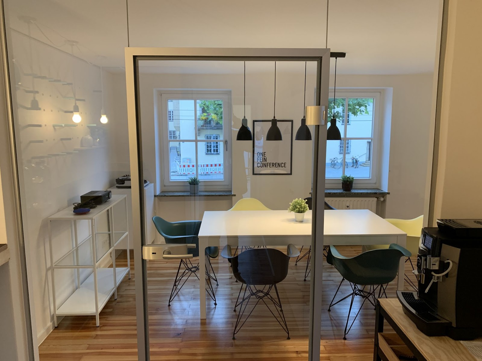 Coworking Space Munich: 9 Best Spaces with Pricing, Amenities & Location [2021] 27