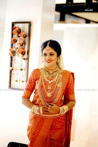 Top 20 Silk Saree Designs For A South Indian Wedding,Sri Lanka Bathroom Designs Photos