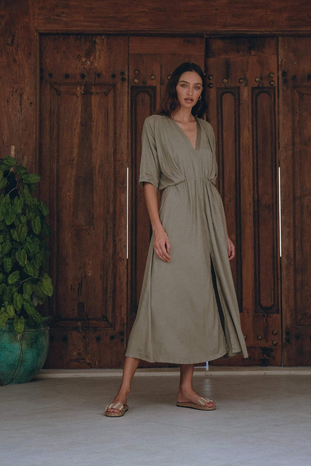 Elegant Maxi Dress in Olive