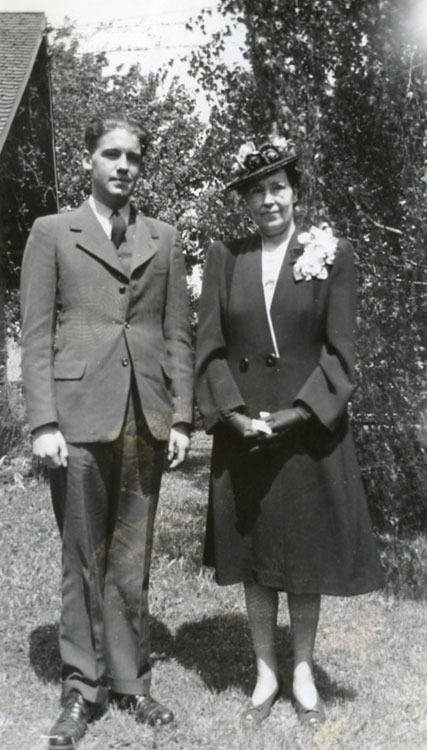 Del and his mother, Elizabeth, Easter 1943