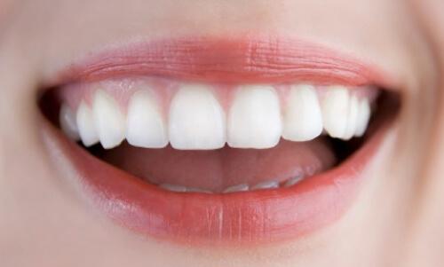 Răng toàn sứ Katana là gì, nên sử dụng khi nào?