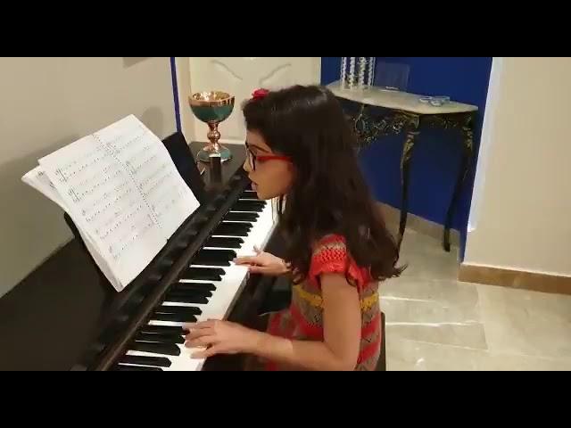 غوغای ستارگان گلشید دادفر هنرجوی پیانو احسان نیک