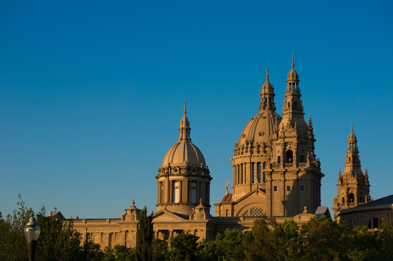 %name How to explore Barcelona's art museums for free?