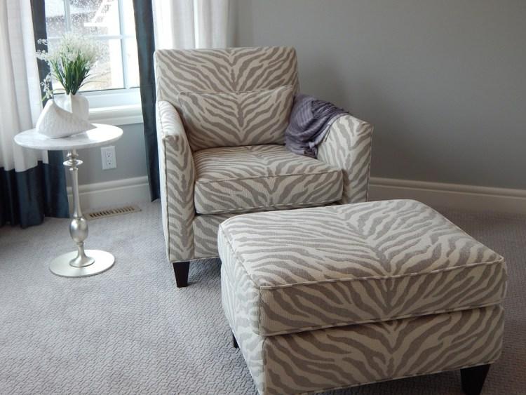 Sofa hay ghế, loại nào phù hợp nhất với bạn?