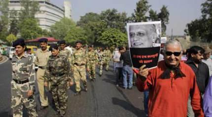 Sahitya Akademi condemns MM Kalburgi's murder, appeals to writers to take back awards