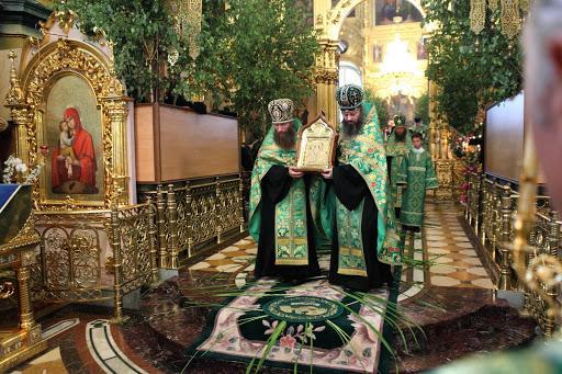 Свято-Успенская Почаевская Лавра - День Святой Троицы