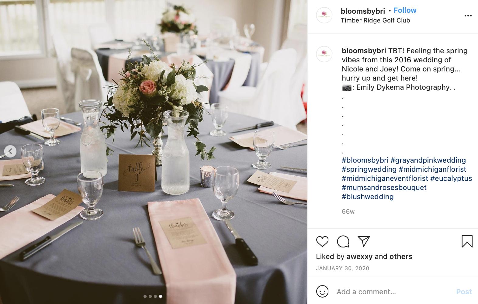 pinks and grey wedding table photo
