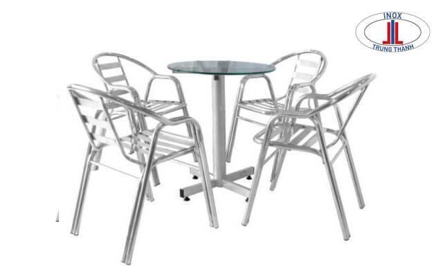 bộ bàn ghế inox 4