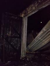 Ausgebrannte Lagerhalle (Bild A.M.)