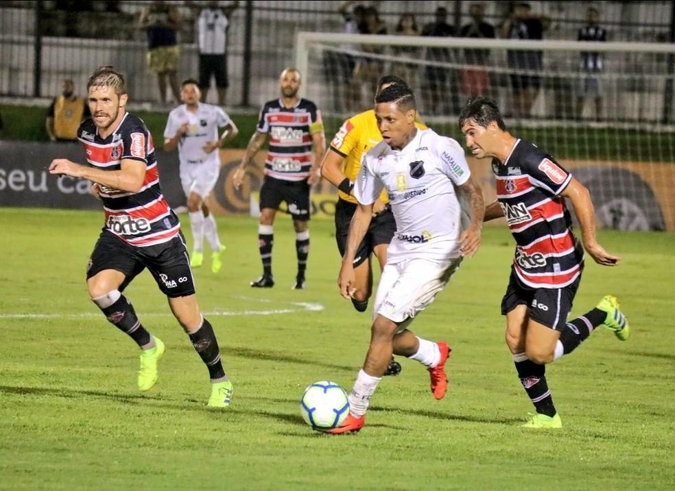 ABC e Santa Cruz fizeram um jogo equilibrado na visão do treinador — Foto: Andrei Torres/ABC FC