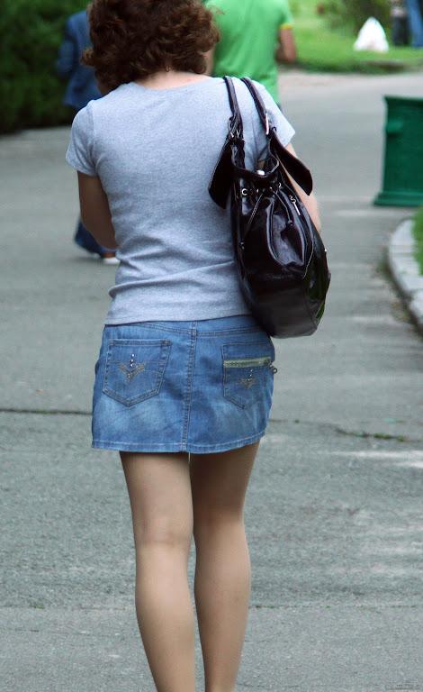 Woman-skirt-handbag-Type-with-back-1277906629_43.jpg
