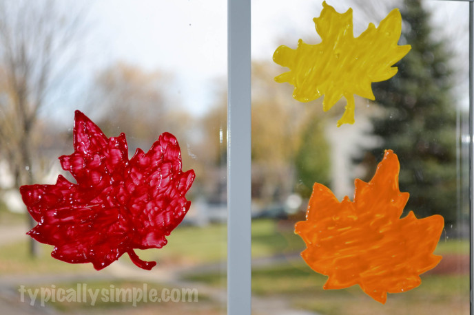 DIY Window Clings: These 25 Thanksgiving Crafts for Kids will get everyone into the thanksgiving spirit.