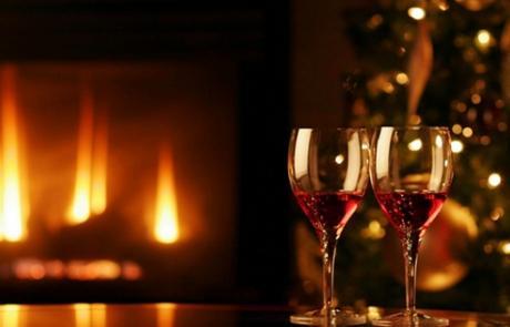 Το Κρασί στο γιορτινό τραπέζι.Η καλύτερη επιλογή για κάθε εορταστικό έδεσμα.
