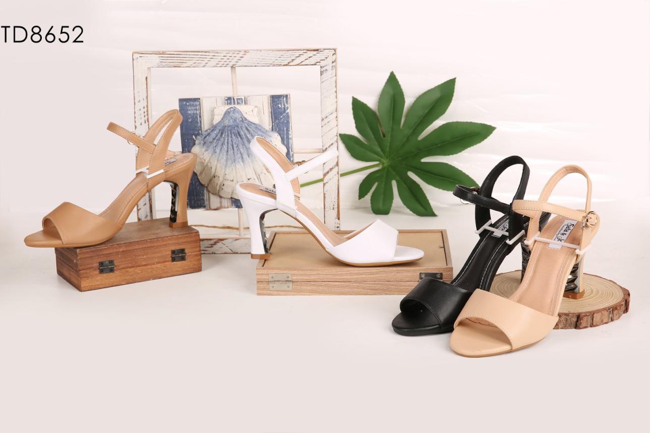 Thienhuongshoes – Xưởng sản xuất giày dép uy tín nhất hiện nay