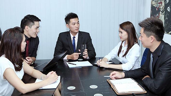 Image result for meeting với khách hàng