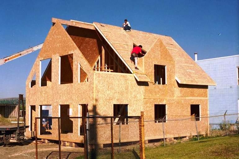 Канадські будинки з SIP-панелей підкорюють Україну | ВІКНА. Новини Калуша та Прикарпаття