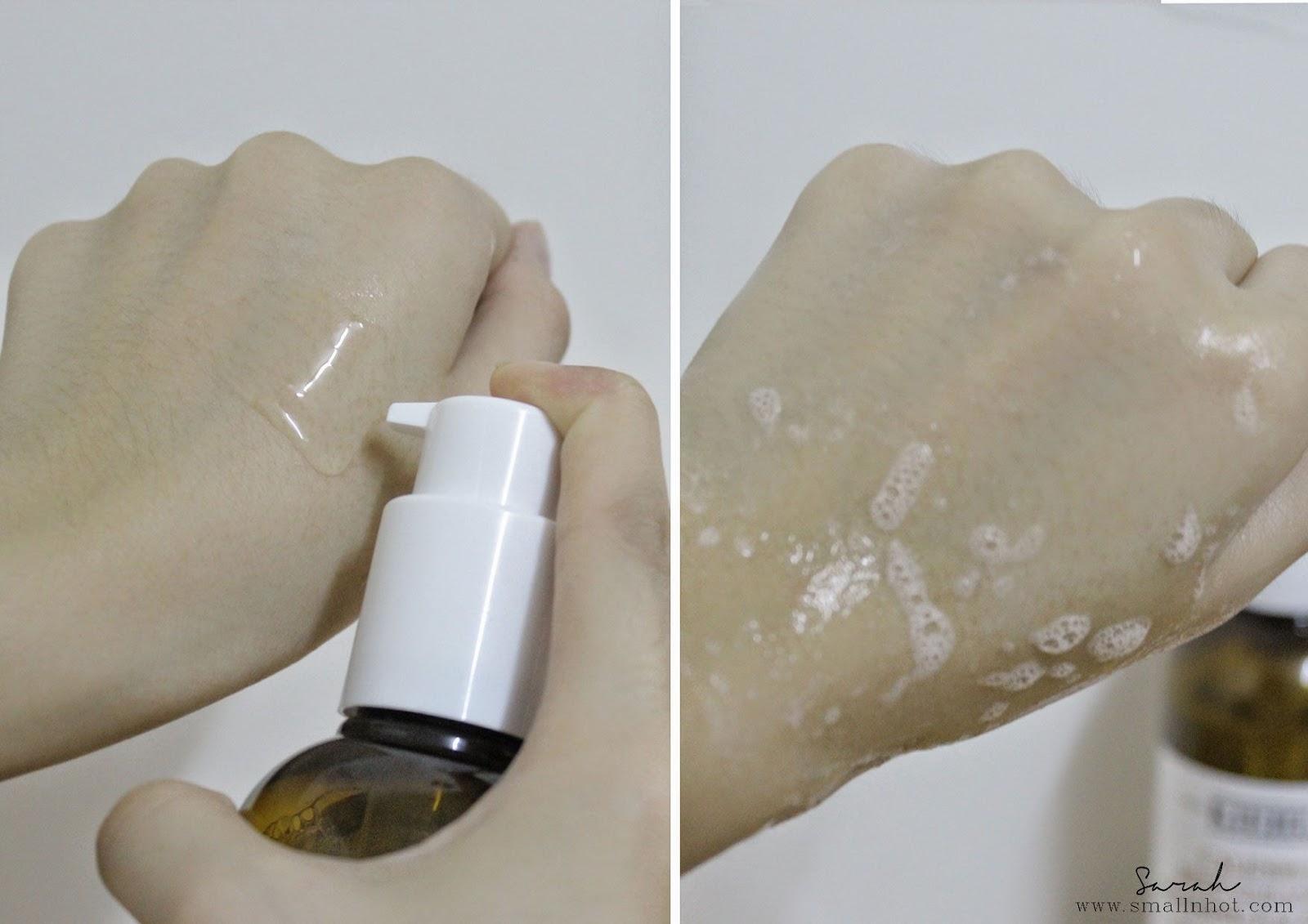 Sữa rửa mặt hoa cúc Kiehl's Deep Cleansing Foaming Face Wash