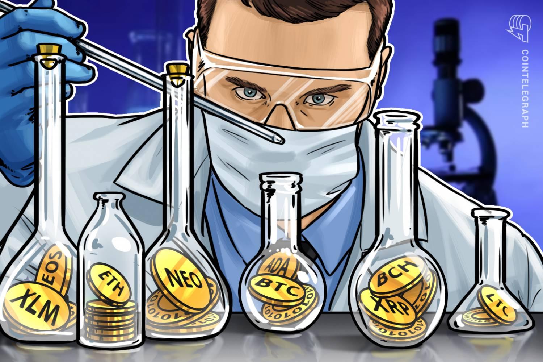 Un home amb monedes al laboratori