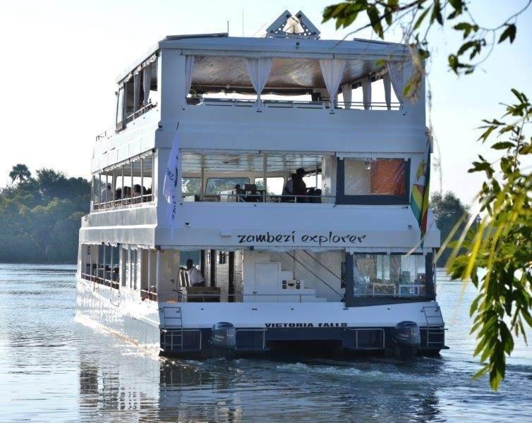 Cruise-Zambezi-explorer.jpg