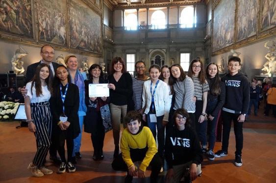 C:\Users\client9\Documents\Internazionalizzazione\Label Europeo delle Lingue 2018\Foto ufficiale Label Firenze 9 maggio 2019.jpg