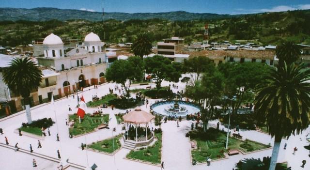 Plaza de Armas de Cajamarca, destino de Transportes Chiclayo