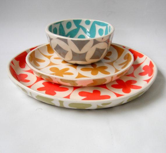 set of three dishes