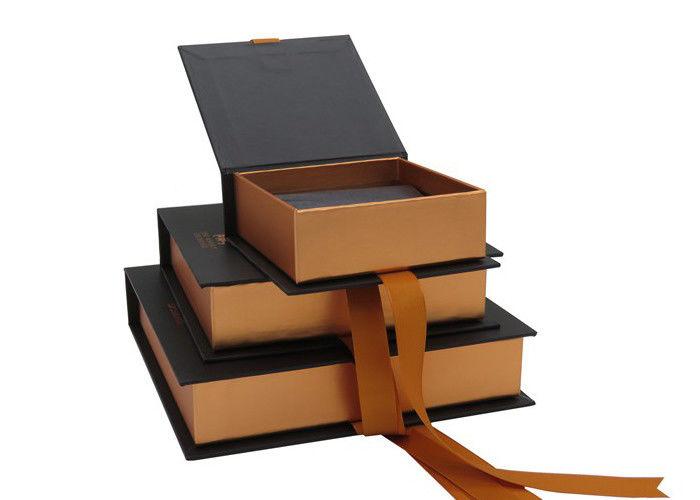 Reusable gift boxes